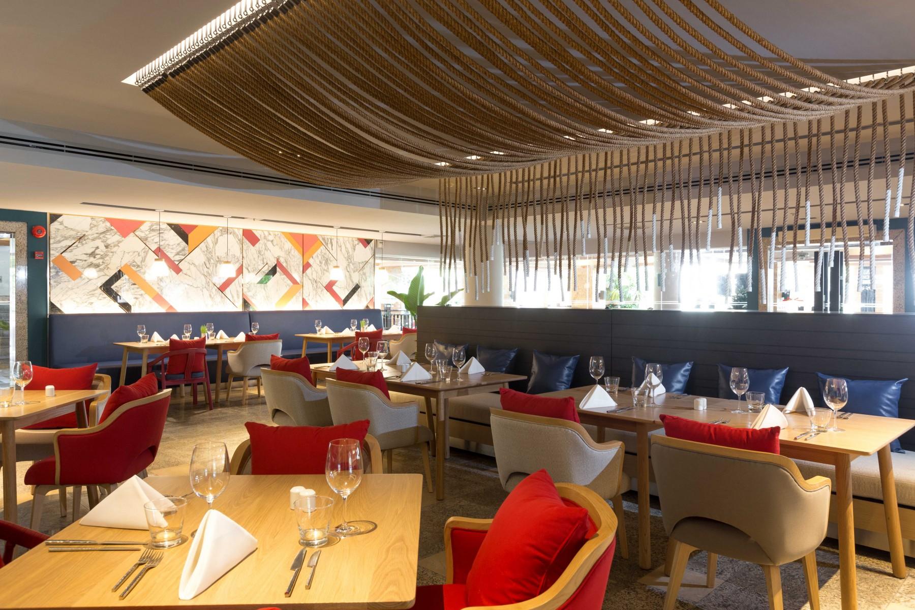 Restaurants & Bars - Pullman Phuket Panwa Beach Resort