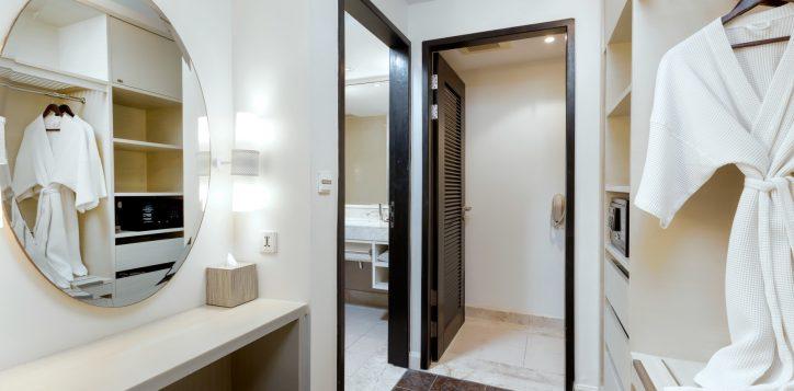 room-b_010-2