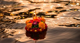 resize-to-280x150_krathong1-2