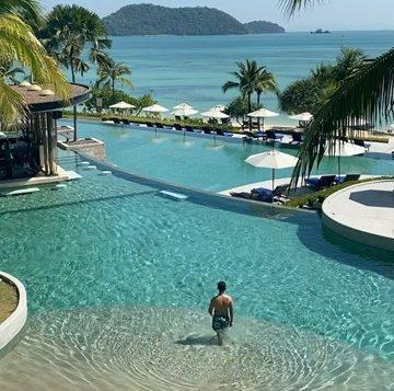 resize-to-360x360_seaside-pool2-2