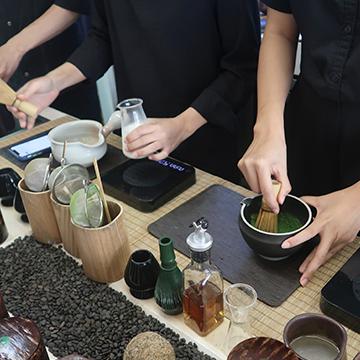 Phuket Café Hopping